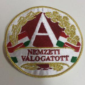 Válogatott címer hímzése
